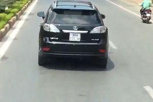Sẽ xử lý nghiêm tài xế xe Lexus không nhường đường cho xe cứu hỏa ở Nghệ An