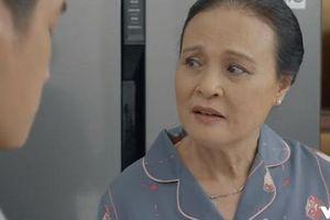 Hoa Hồng Trên Ngực Trái 18: Mới nộp đơn ly hôn ra tòa, Thái đã vội vàng lấy lòng Trà 'tiểu tam', còn lom khom giặt cả quần áo cho 'vợ hờ'