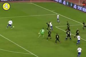Thủ môn đánh đầu ghi bàn như tiền đạo giúp đội nhà thắng sát nút ở phút cuối giờ