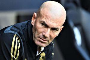 HLV Zidane bất bình vì bị rò rỉ thông tin nội bộ