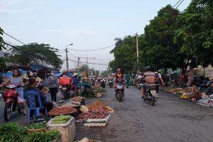 Chợ cóc, chợ tạm ở Hải Phòng: Mặt trái đô thị hiện đại