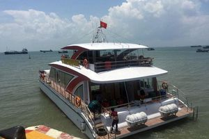 Sang trọng du thuyền 'made in Vietnam'