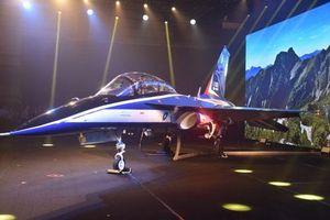 Đài Loan ra mắt máy bay huấn luyện siêu âm có khả năng chiến đấu cực tốt