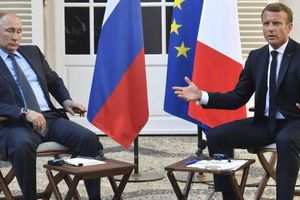Làm hòa với Nga, Tổng thống Pháp muốn 'đảo chiều lịch sử'?