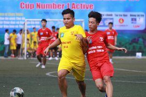 So tài quyết liệt trong ngày khai mạc Giải bóng đá học sinh THPT Hà Nội 2019