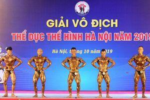 Người hâm mộ mãn nhãn với 'body 6 múi' của VĐV Tạ Đình Thái