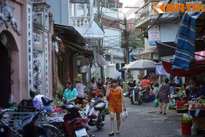 Tận mục 'chợ quê' độc đáo giữa trung tâm Hà Nội