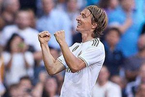 Chiêm ngưỡng cú 'đại bác tầm xa' đẹp không tưởng của Modric
