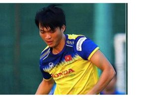 Báo Hàn Quốc: 'Tuấn Anh, Quang Hải là chìa khóa trận gặp Malaysia'