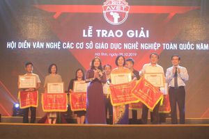 Rực rỡ đêm liên hoan Hội diễn văn nghệ các cơ sở giáo dục nghề nghiệp