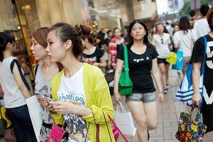 Giới nhà giàu Hong Kong tìm đường sơ tán, tránh biểu tình
