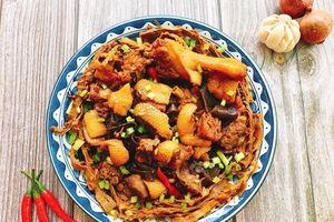 Làm vịt kho măng khô nhanh gọn mà siêu ngon cho bữa tối