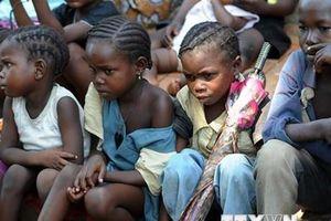 Xung đột khiến hơn 2 triệu trẻ em Tây và Trung Phi không thể đến lớp