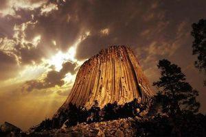 Vì sao tháp Ma Quỷ bí ẩn được xem là danh thắng số một của nước Mỹ?