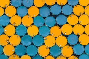 Giá dầu thô tiếp tục xu hướng giảm do lo ngại suy thoái kinh tế toàn cầu