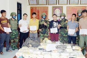 Hà Tĩnh: Triệt phá vụ vận chuyển 30 bánh heroin và 45kg ma túy đá