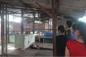 Nam thanh niên thắt cổ tự tử giữa chợ