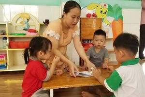 TPHCM: Một quận có 6 trường mầm non có trẻ bị tay chân miệng