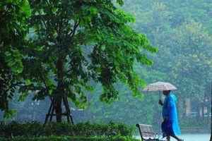 Có một Hà Nội rất khác trong cơn mưa mùa Thu