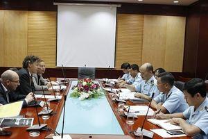 Hải quan Việt Nam-Hà Lan trao đổi kinh nghiệm về quản lý cảng biển
