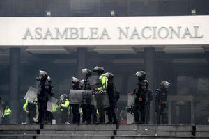 Chính phủ Ecuador phải chuyển khỏi Thủ đô Quito vì biểu tình bạo lực
