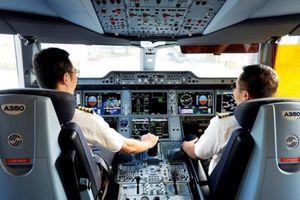 Tiết lộ mức tăng lương phi công chính đội bay B787/A350