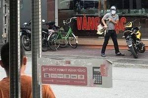 Dân bất ngờ khi biết danh tính nghi phạm cướp tiệm vàng ở Quảng Ninh
