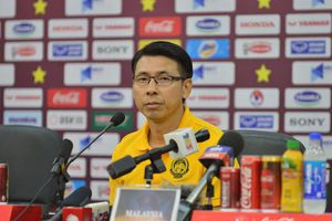HLV trưởng ĐT Malaysia lên tiếng về việc cầu thủ nhập tịch