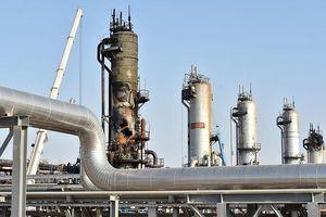 Giá dầu giảm khi căng thẳng Mỹ - Trung lấn át lo ngại về nguồn cung