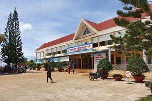 Giám đốc Trung tâm Y tế huyện Đác R'lấp có lạm quyền?