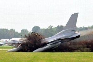 Bí ẩn cái 'dớp' tai nạn ở căn cứ nơi F-16 Mỹ vừa 'gãy cánh'