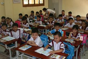 Thẩm định SGK lớp 1: Phải đảm bảo công bằng cho các bộ sách