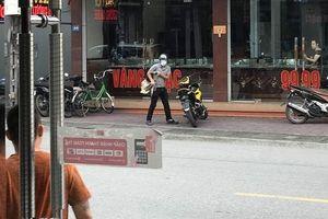 Danh tính đối tượng cầm súng cướp tiệm vàng ở Quảng Ninh