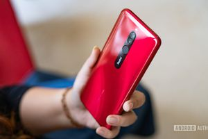 Xiaomi Redmi 8 ra mắt: pin 5.000mAh, sạc nhanh 18W, giá 112 USD