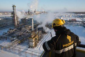 Nga dự báo giá dầu thô sẽ giảm còn 50 USD/thùng