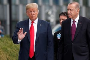 Thổ Nhĩ Kỳ cứng rắn, Mỹ lập lờ: 'Chảo lửa' Syria lại sục sôi