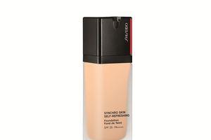 Khí hậu đỏng đảnh cũng 'bất lực' trước công nghệ kháng ẩm, kháng nhiệt của BST trang điểm nền Shiseido Synchro Skin Self-Refreshing