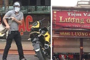 Quảng Ninh: Thanh niên manh động nổ súng cướp tiệm vàng