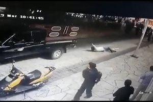 Thị trưởng ở Mexico bị trói, kéo lê trên đường vì thất hứa với dân