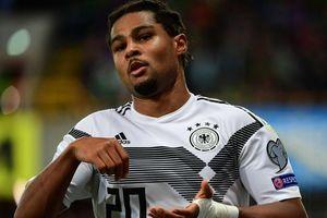 Gnabry làm điều chưa từng có trong lịch sử bóng đá Đức