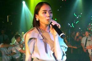 'Thánh nữ cover' Hương Ly khiến fan 'sốc nặng' bằng màn hát live trên sân khấu