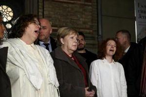 Đức: Xả súng tại nhà thờ được livestream trên mạng