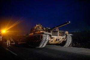 Mục kích khí tài Thổ Nhĩ Kỳ rầm rập qua biên giới Syria