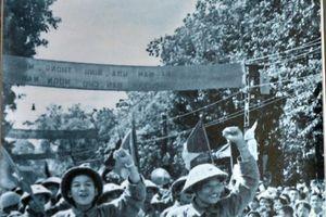 Hình ảnh Hà Nội trong thời khắc lịch sử 'mùa thu năm ấy'