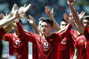 Malaysia 'thách' Việt Nam đá đôi công