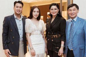 Thiếu gia Phillip Nguyễn đưa Linh Rin ra mắt bố mẹ: Hot girl Hà thành một bước vào hào môn, đám cưới khủng sắp được diễn ra