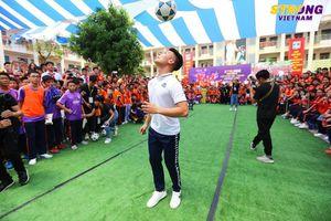 Bóng đá chuyên nghiệp kiểu… Việt Nam