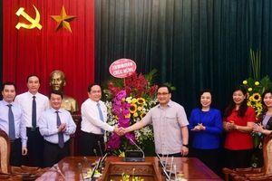Chủ tịch Ủy ban Trung ương Mặt trận Tổ quốc Việt Nam chúc mừng Ngày giải phóng Thủ đô