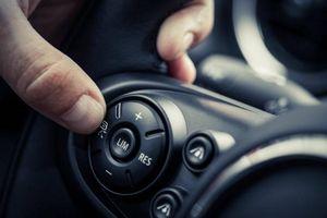 Sử dụng thiết bị ô tô này cần phải chú ý nếu không muốn gặp nguy hiểm