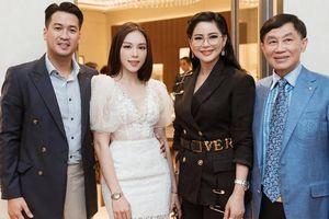 Được bạn trai Phillip Nguyễn dẫn ra mắt bố mẹ, Linh Rin sắp 'nối gót' Hà Tăng trở thành nàng dâu gia đình hào môn?